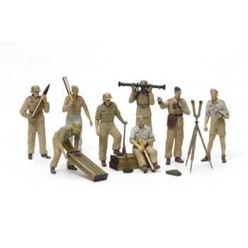 1/35 TAMIYA German Artillery Crew Set - Africa Corps Luftwaffe