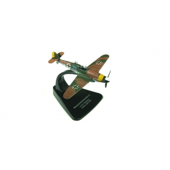 "1/72 Messerschmitt Bf 109G - JG 7 ""Nowotny"", April 1945 Oxford Aviation"