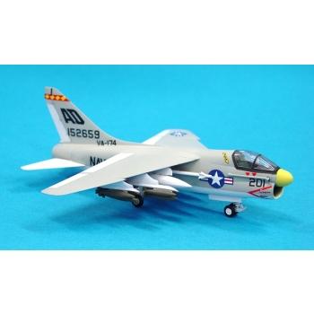 1/100 TAMIYA A-7A Corsair II