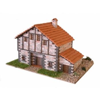 Traditsiooniline Kantaabria maja 1/87 CUIT