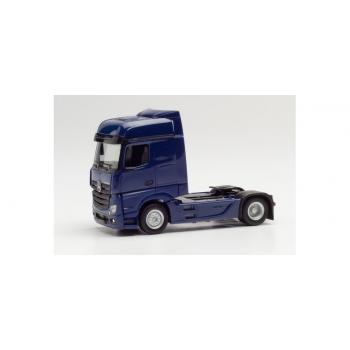 1/87 H0 Herpa Mercedes-Benz Actros Bigspace tractor, kobaltblau