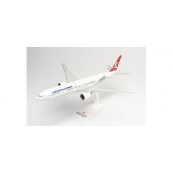 "1/200 Turkish Airlines Boeing 777-300ER – TC-LJK ""Izmir"" Snap-Fit"