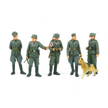 1/35 TAMIYA GERMAN FIELD POLICE SET