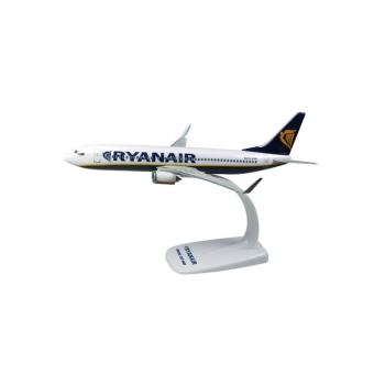 1/200 Ryanair Boeing 737-800 Snap-fit