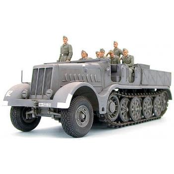 "1/35 TAMIYA German 18T Heavy Half Track - ""Famo"""