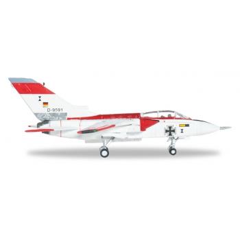 "1/200 Panavia MRCA Prototype P.01 ""First Flight"" Panavia Tornado IDS Herpa"