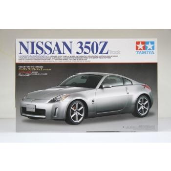 1/24 Nissan 350Z Tamiya