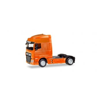 1/87 DAF XF Euro 6 SC rigid tractor facelift, orange Herpa