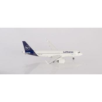 1/500  Lufthansa Airbus A320neo