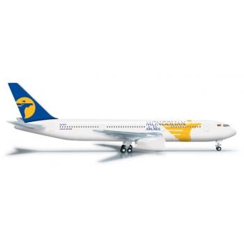 1/500 MIAT - Mongolian Airlines Boeing 767-300 - JU-1011