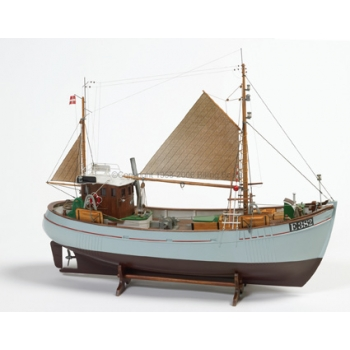 BILLING BOATS PUITLAEV MARY ANN 1:33