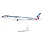 1/200 American Airlines Boeing 777-300ER Snap-Fit