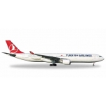 "1/500 Turkish Airlines Airbus A330-300 - TC-JOA ""Pamukkale"""