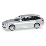 1/87 BMW 5™ Touring, glaciersilver metallic HERPA
