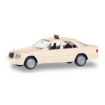 """1/87 Mercedes-Benz E-Class (W124) """"Taxi"""" Herpa"""