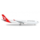 1/500 Qantas Airbus A330-300 - new 2016 colors - VH-QPJ