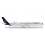 1/500 Oman Air Boeing 787-8 Dreamliner