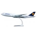 1/250 B747-8 Lufthansa SNAP-FIT