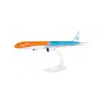 """1/200 KLM Boeing 777-300ER """"Orange Pride"""" Snap-Fit"""