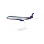 1/200 Aeroflot Airbus A330-300 Snap-Fit